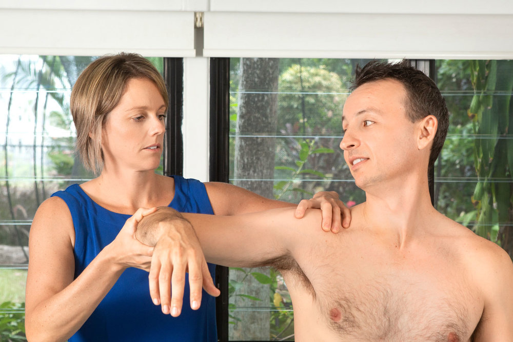 What's the difference between Physio, Osteo and Chiro? - Lots of people ask what is the difference between Osteopathy, Chiropractic and Physiotherapy and as an Osteopath this can be a hard question to answer. As Osteopaths we want to find what is causing your problem with the aim to fix it with hands on treatment and rehab and then assist you to manage it so that the issue doesn't reoccur again.