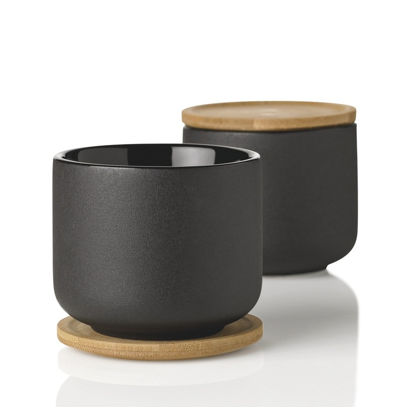 stelton_theo_black_cup_shot_of_2_800.jpg