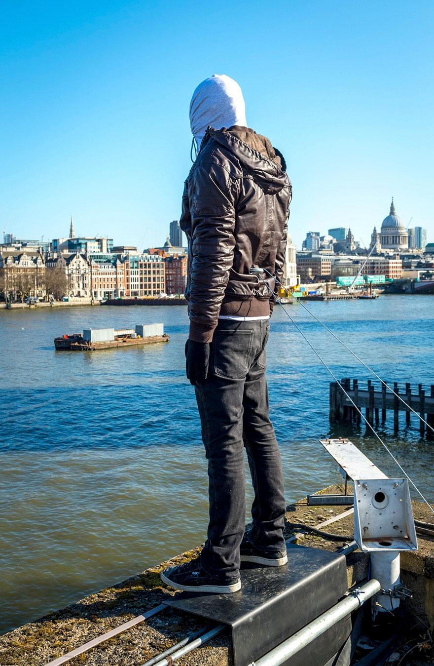 project-84-male-suicide-prevention-calm-mark-jenkins-london-7-5aba36386fdf6__880.jpg