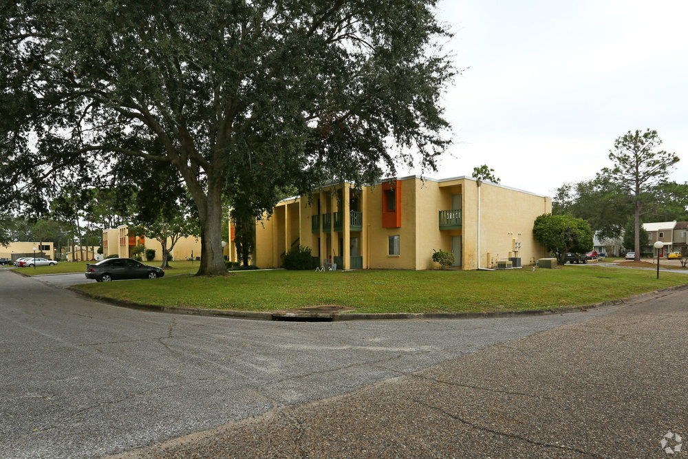 aztec-villa-apartments-panama-city-fl-building-photo.jpg