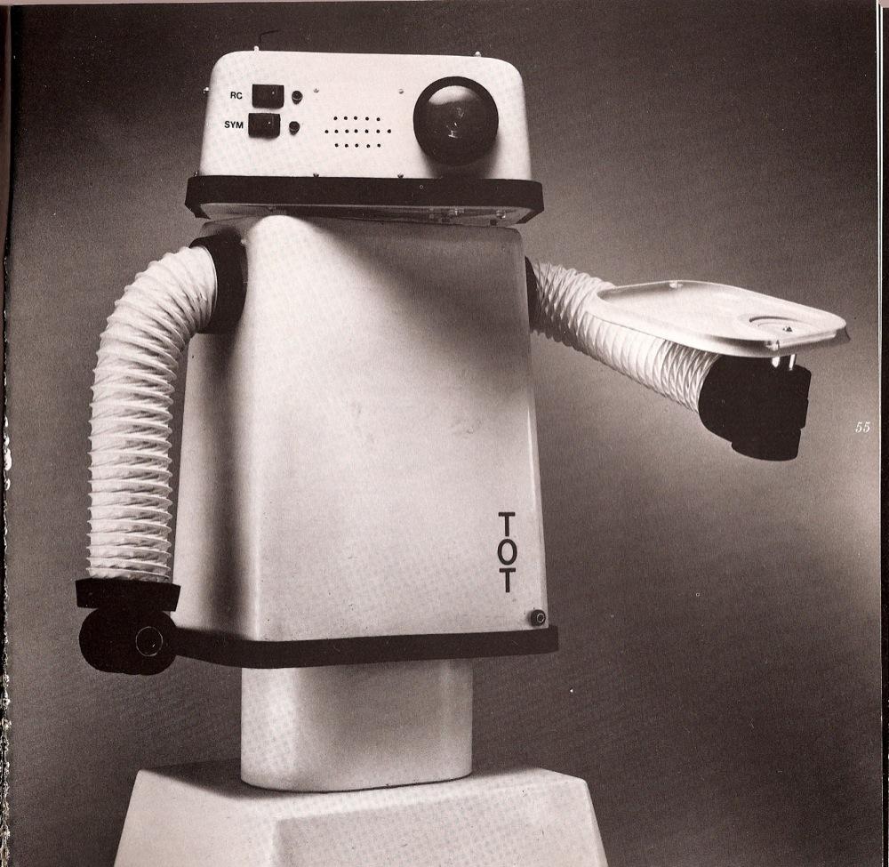 robot exhibit 4 paleofuture.jpg