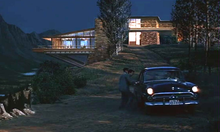 Screenshot from the 1958 Alfred Hitchcock film North by Northwest