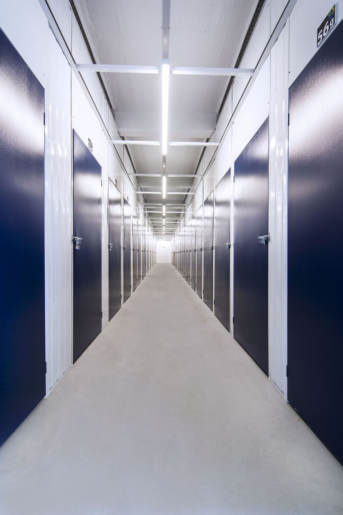1 Self Storage Units Canary Wharf London.jpg