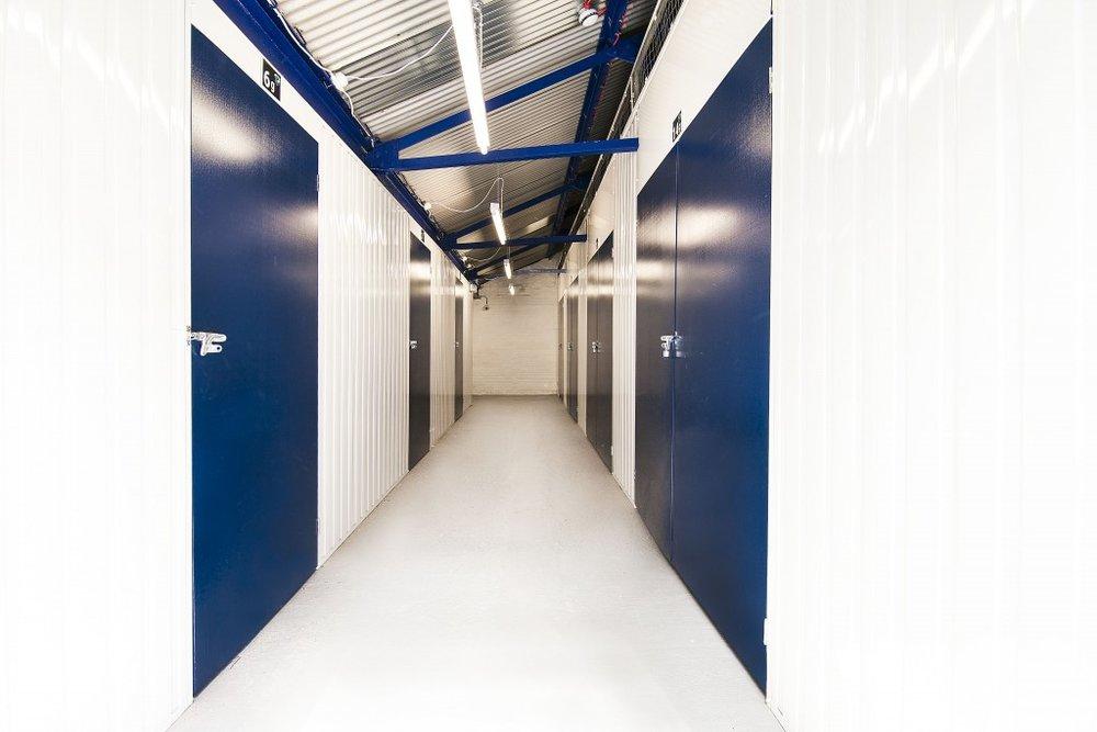 1b Self Storage Units Canary Wharf London.jpg