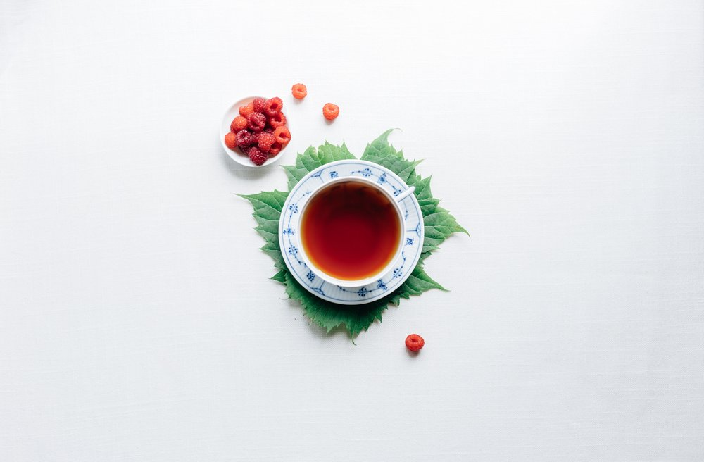 Motivate Me! - A SMOOTH GREEN TEA BLENDED WITH HIBISCUS, CRANBERRIES AND ORANGE PEEL TO MOTIVATE THE MIND AND THE BODY.