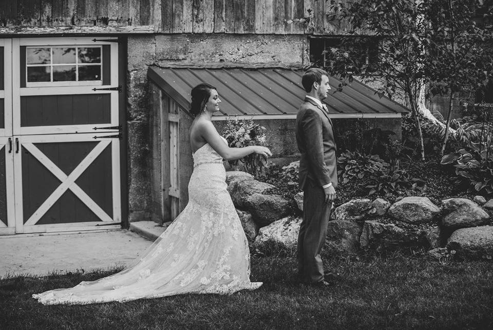 Our Venue - Less than an hour from Milwaukee, and nestled in the heart of Lake Country, Mapleton Barn has access to a wide variety of caterers, entertainment, and accommodations without compromising a rustic setting. Rich with natural beauty, Mapleton Barn balances old-world charm with modern convenience.