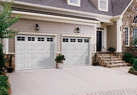 CLASSIC™ COLLECTION - Classic short or long panel steel garage doors with or without insulation.