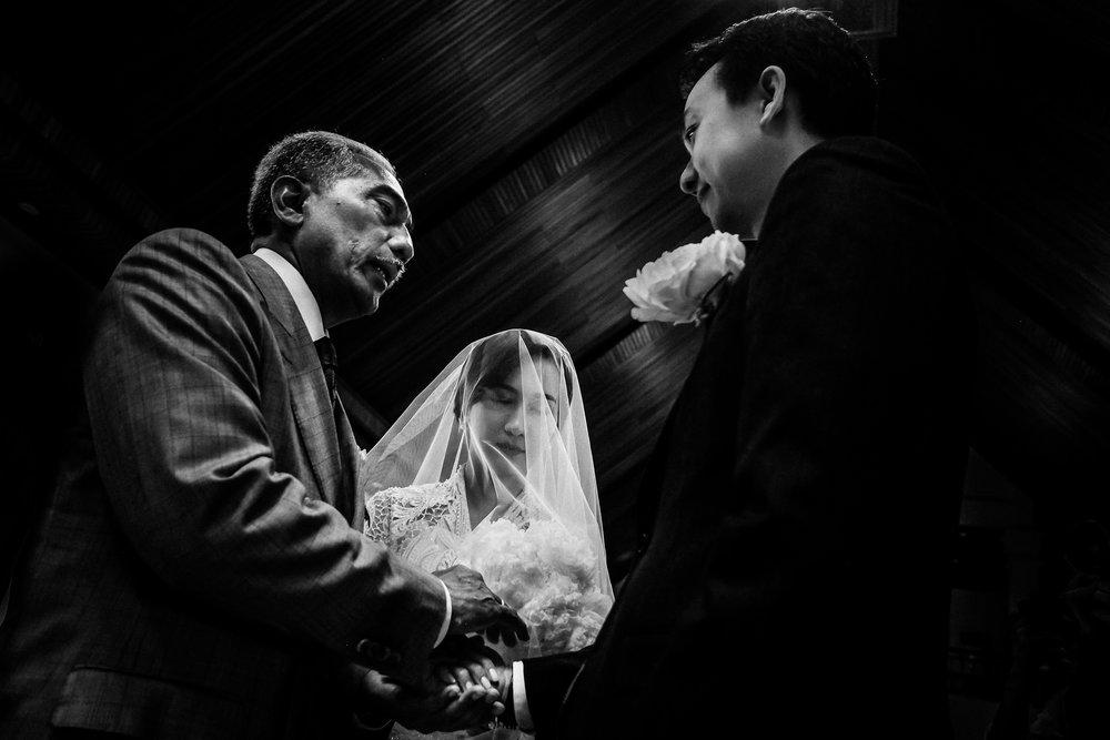 Destination wedding photographer bali