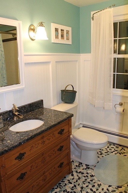 Winhall Bathroom With Tumbled Pebble Floor.jpg