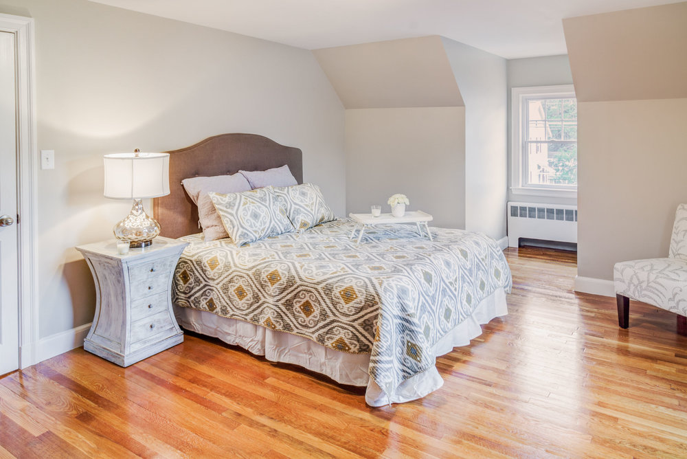 Home Styling for bedrooms, Medford, MA.