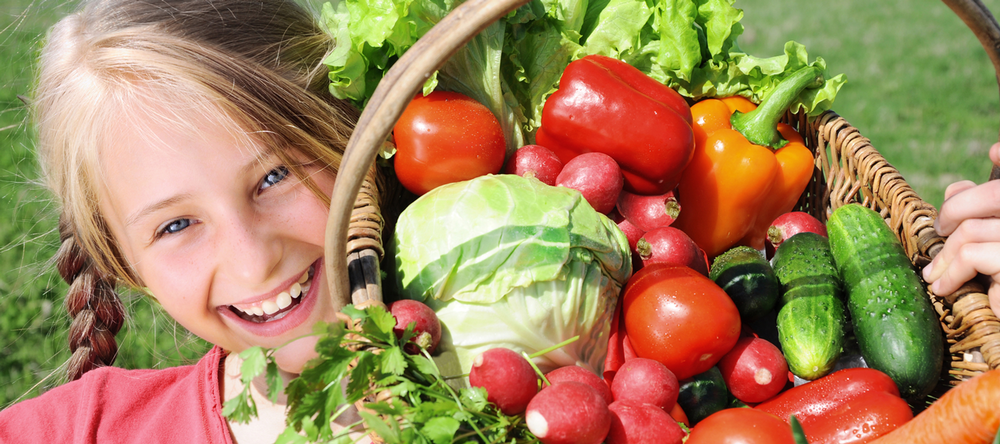 girl-with-vegetables.png