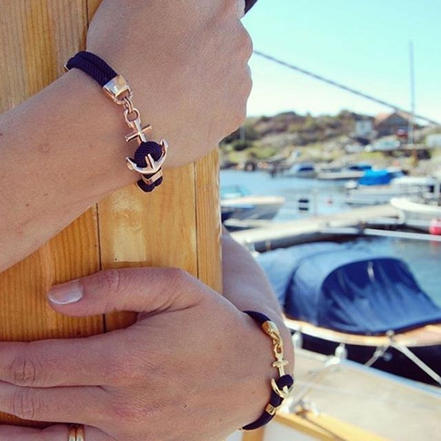 Holding on to my dream. #anchorbracelet #anchoredtoyourdreams #hönö #sweden