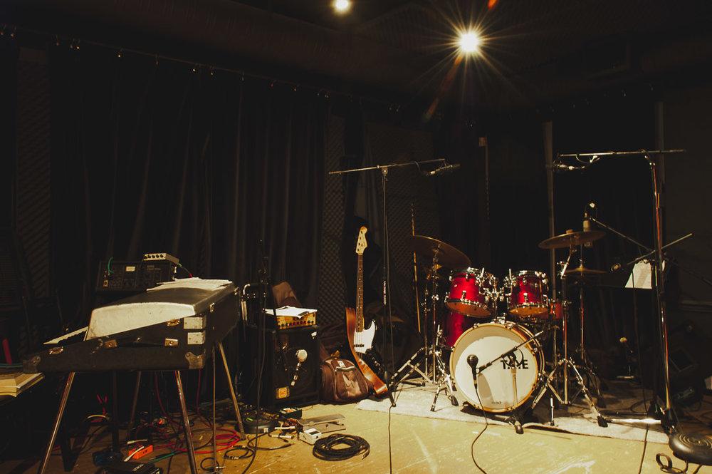empty-stage.pg