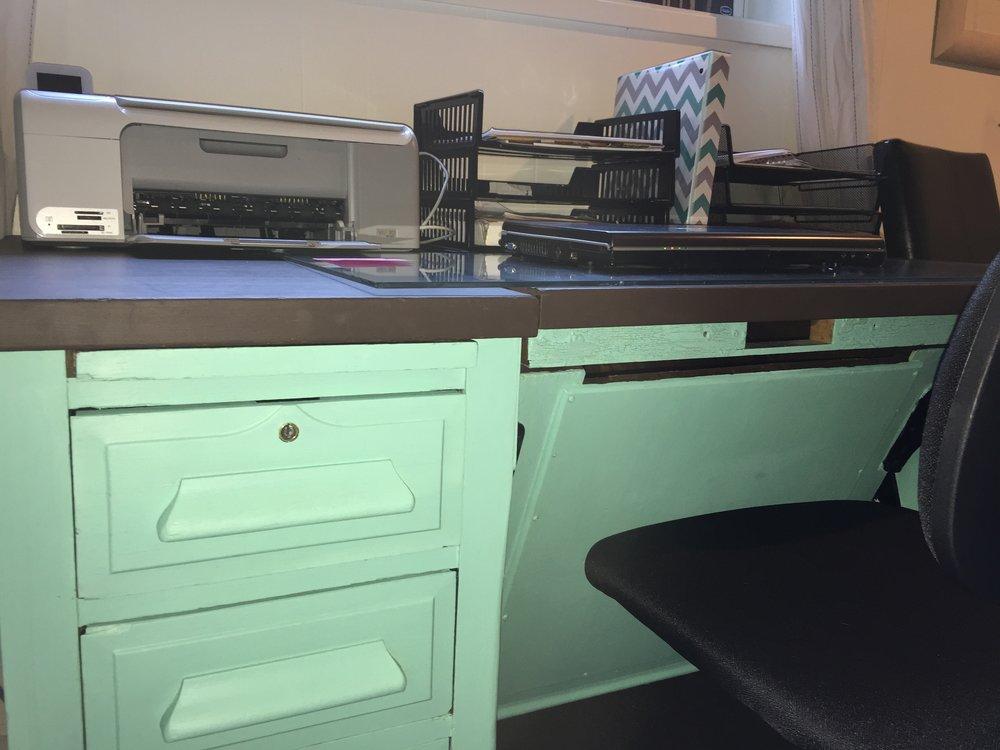 Desk-after-1.jpg