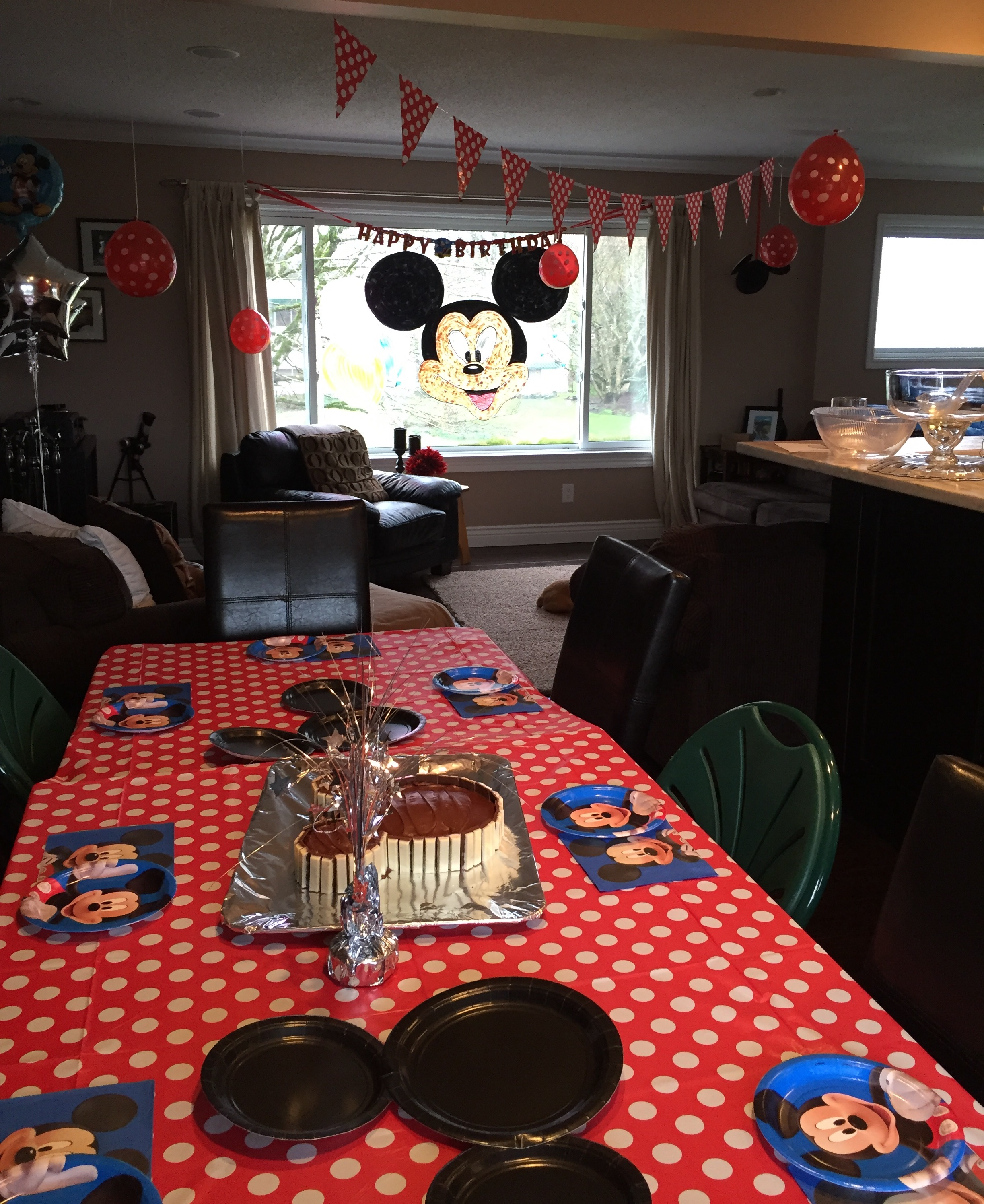 A Mickey Mouse Tastic Birthday Everyday Journalista