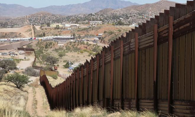 080614_US_Mexican_Border.jpg