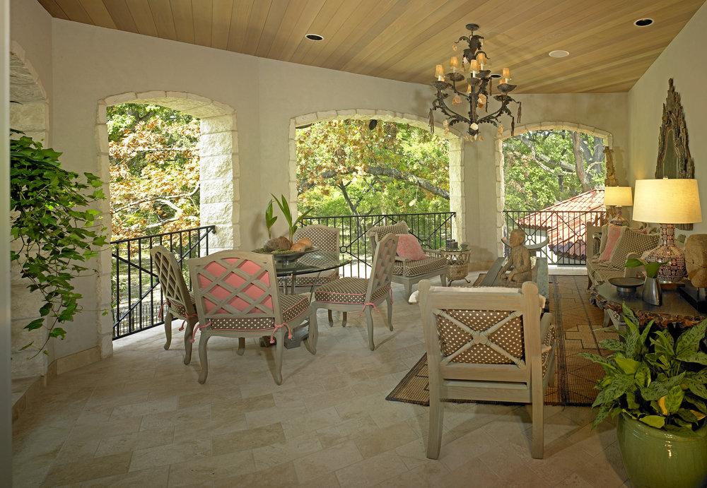 patio-10x6.9x300.jpg