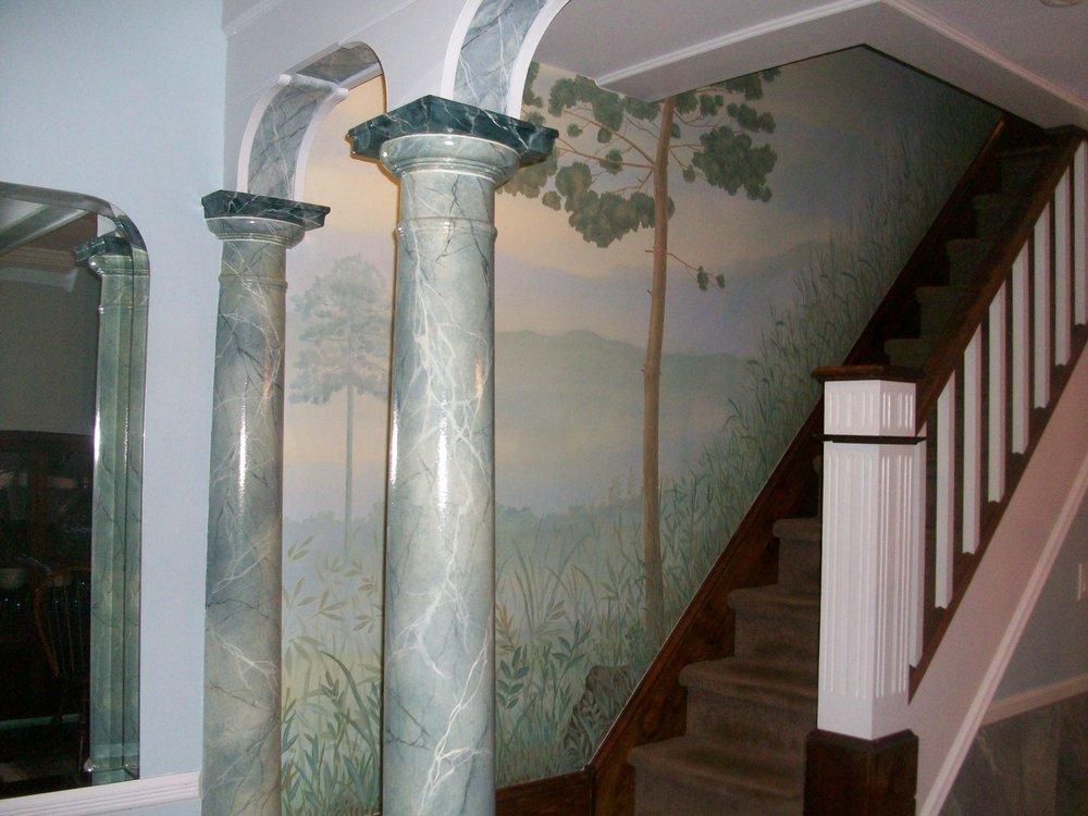 faux marble & mural.JPG