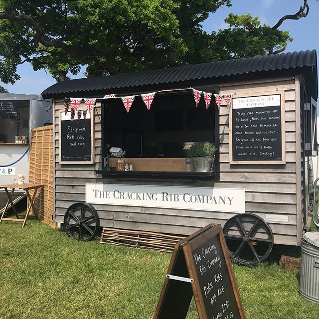 A couple of days after the event but we had a super busy day at Sherborne Castle Country Fair on Bank Holiday Monday! Always a great event #streetfood #catering #eventcatering #shepherdshut #porkribs #sherbornecastle #sherbornecountryfair