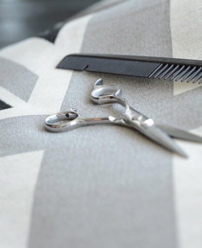 scissors-1.jpg