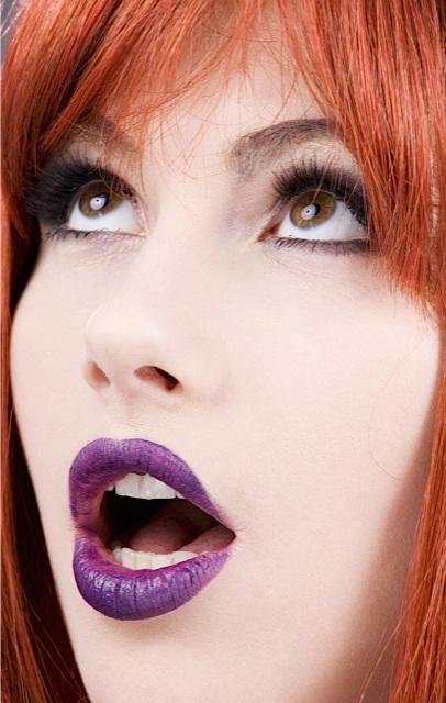 photodune-351001-purple-lips-m.jpg