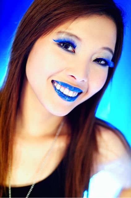 photodune-2271787-blue-lips-m.jpg