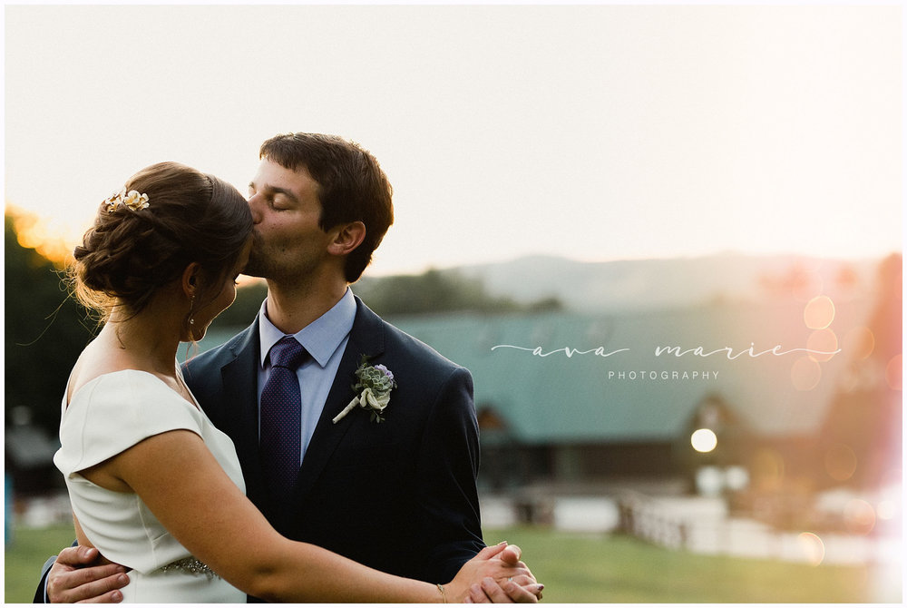 Mt_Sunapee_Dexters__Inn_NH_Wedding_Photographer_0065.jpg
