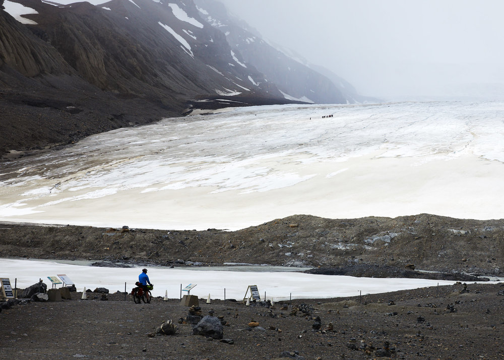 In the distance you can see a group crossing the glacier.