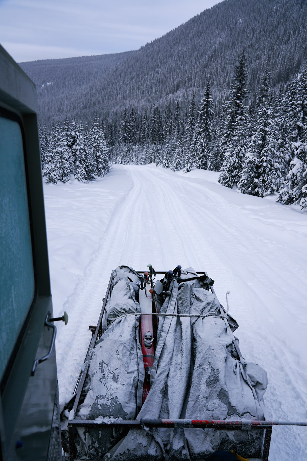 We loaded up the gear in the trailer and started the 12km drive up the road.