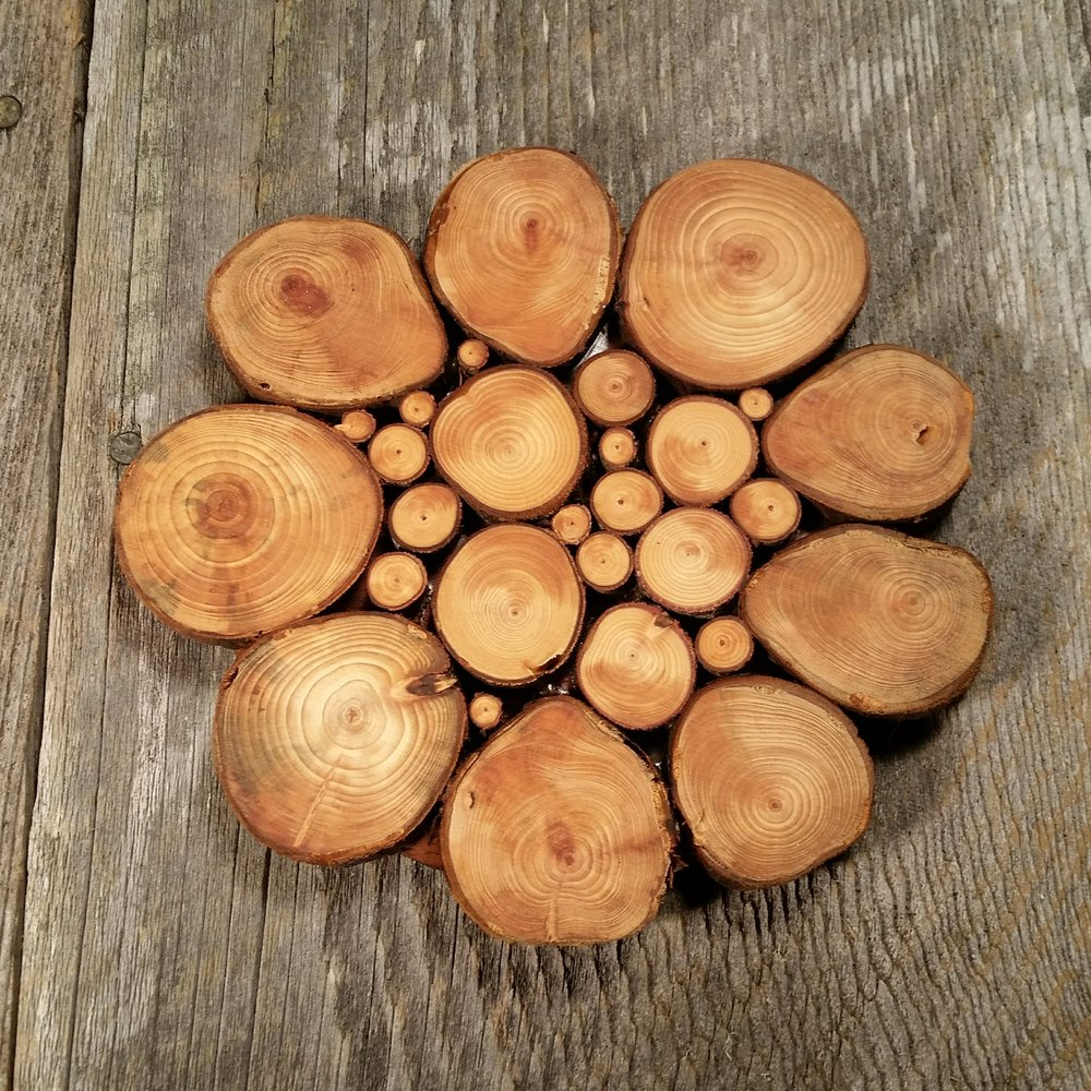 Limb Trivet Redwood 1017 (1).jpg