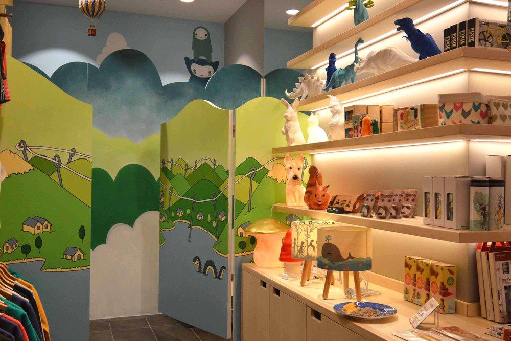 monsterthreads shop mural, sydney