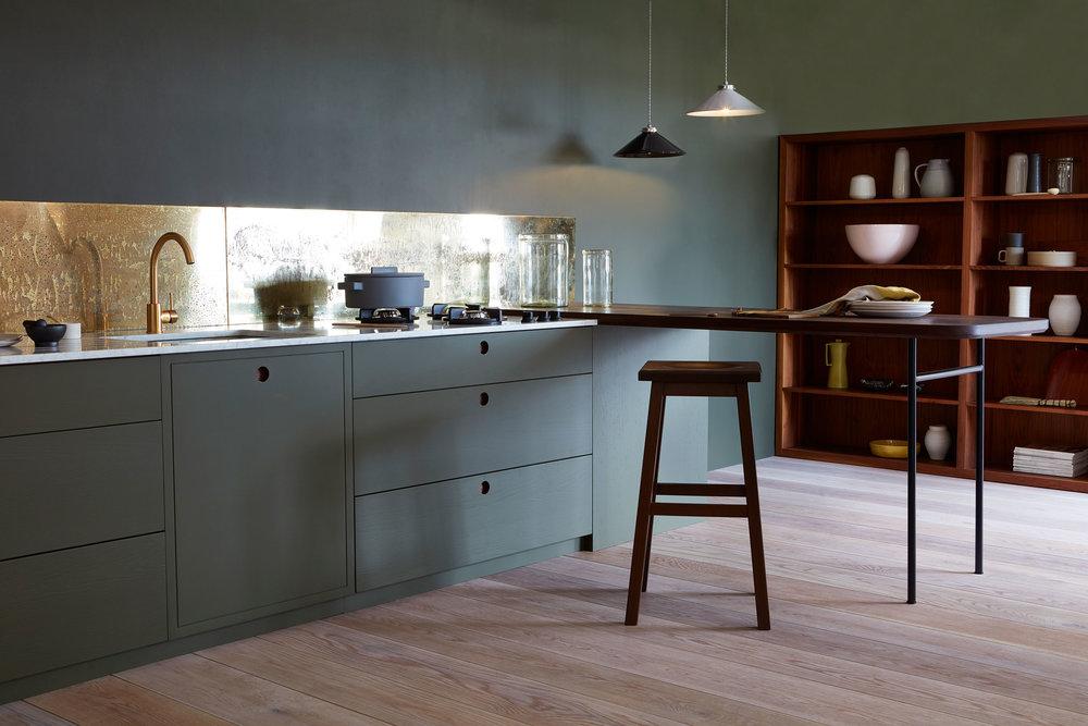 house_of_grey_naked_kitchen.jpg