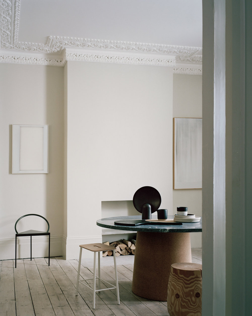 House_of_Grey_Exhibition_dining_table_textures.jpg