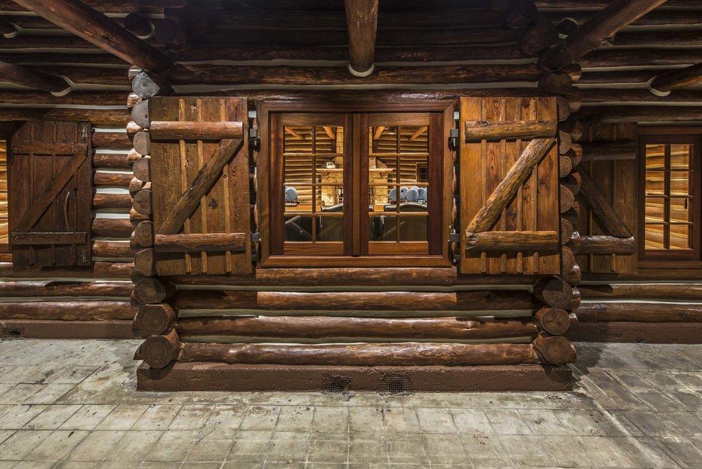 McKenzie Construction | Log Cabin | Richard Heisenbottle