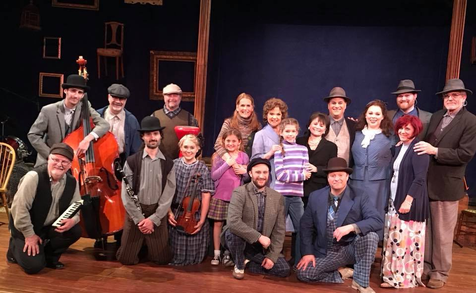 Julia with the Cast of THE PEOPLE IN THE PICTURE