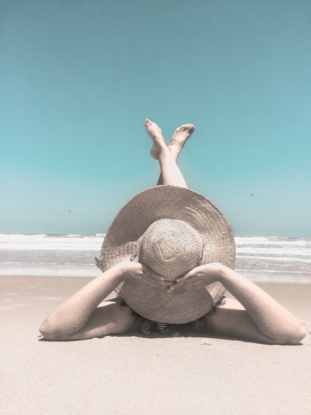 beach-leisure-ocean-1770310.jpg