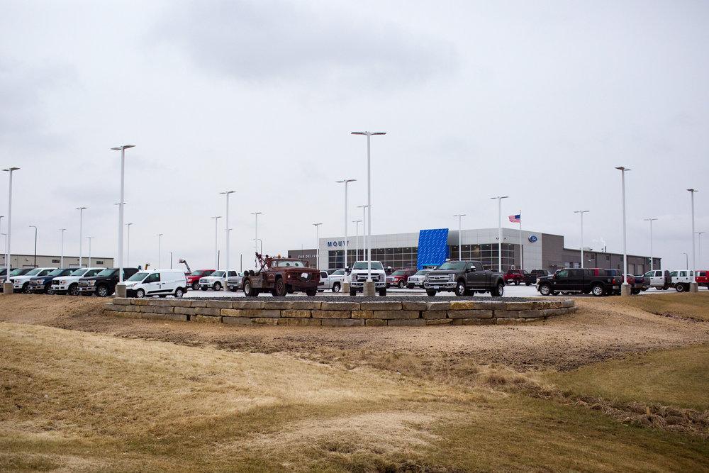 Ledgerock Retaining wall Sioux Center 4.jpg