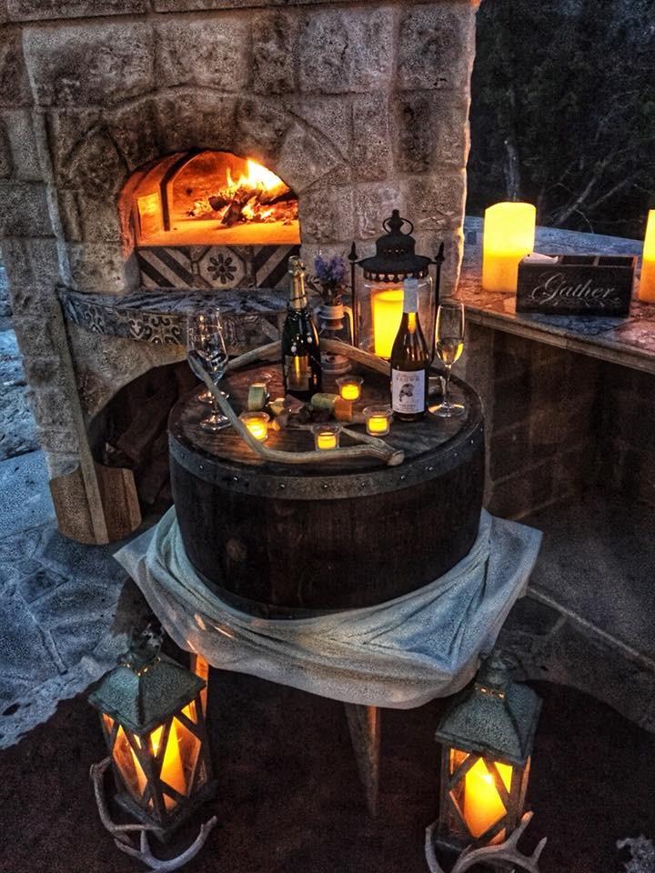 Outdoor Kitchen - Old World Pizza Oven.jpg