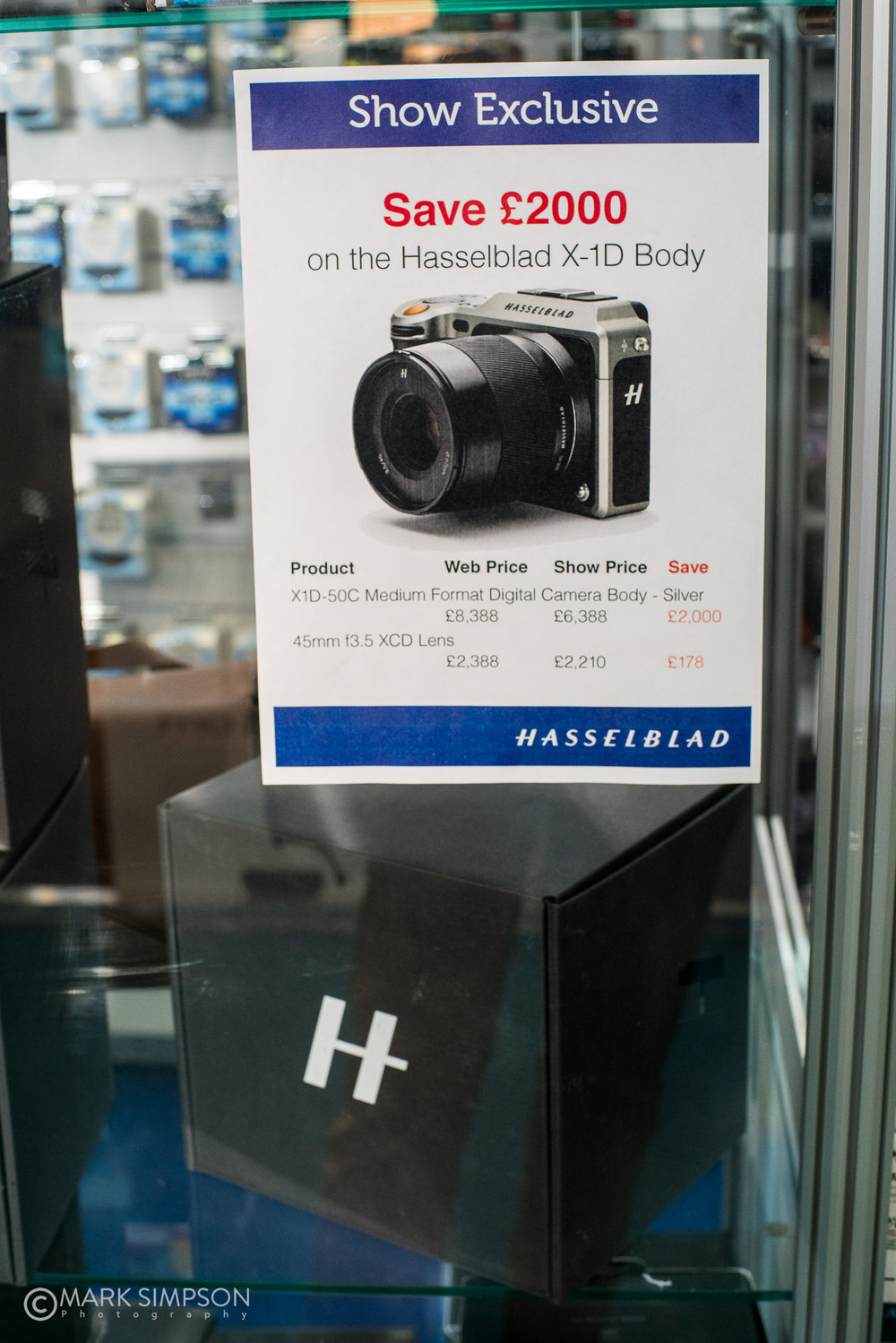 Hard times for Hasselblad? (Sony A7R II, Carl Zeiss Planar T* 50mm f/1.4)