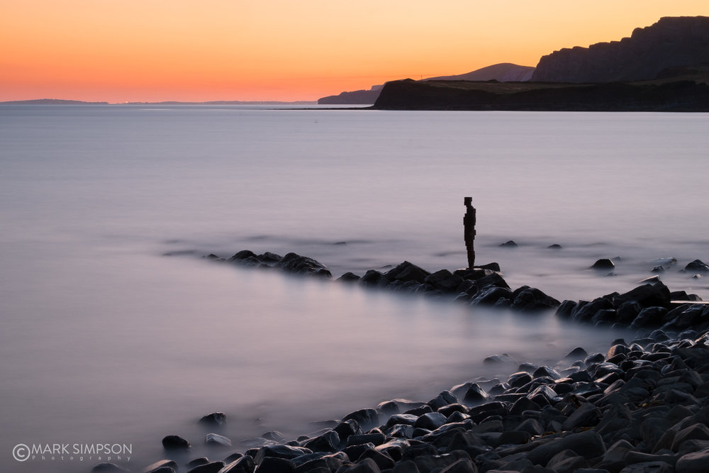 The now toppled 'Land' sculpture by Sir Anthony Gormley at Kimmeridge, Dorset (Fujifilm X-T1, Fujinon XF 55-200mm F3.5-4.8 R LM OIS at 55mm, 240 secs f16, ISO200)