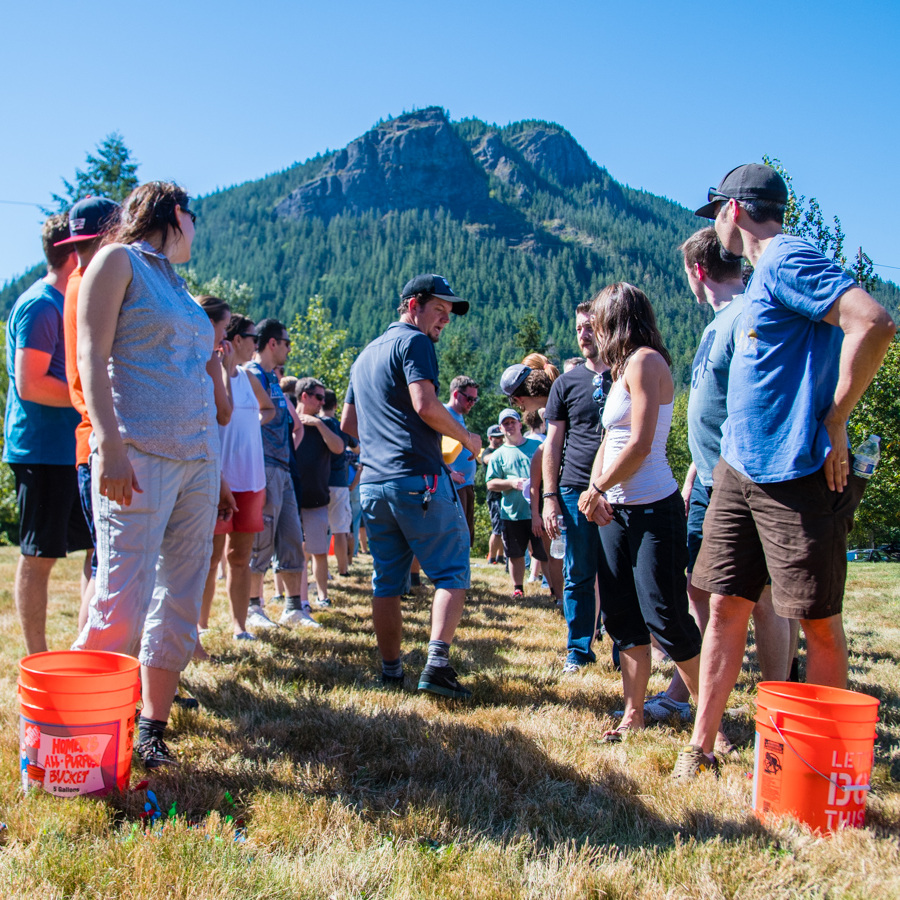 field-day-teambuilding-corporate-event.jpg