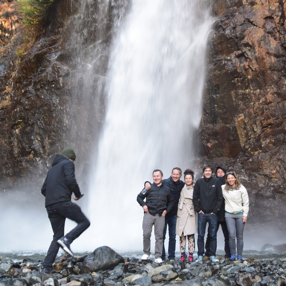 waterfall-tour-teambuilding-corporate-event.jpg