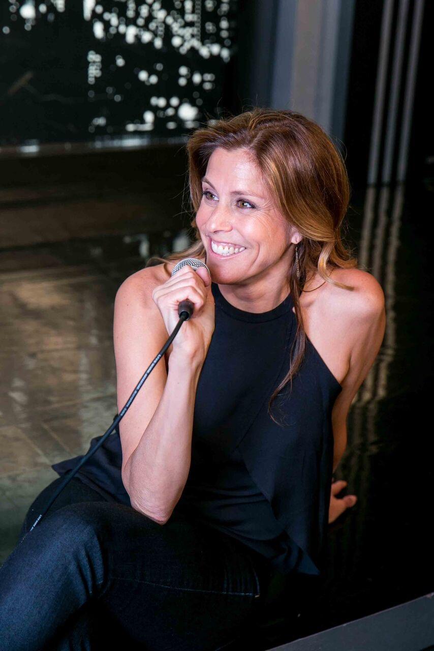 Felicia-Madison-on-stage.jpg
