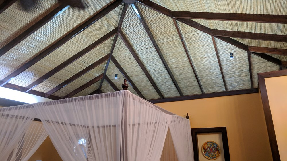 The room also had a really high ceiling which made it feel even more spacious and open.