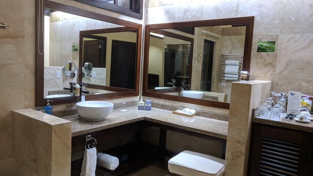 Large sink and vanity area.