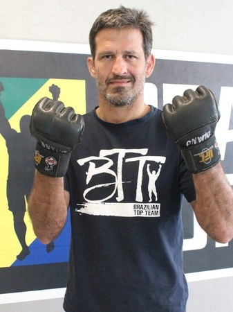 Murilo Bustamante - 7th Degree Coral Belt under Carlson Gracie and Co-Founder of Brazilian Top Team. The former UFC Middleweight champion and CBJJ world champion now teaches Brazilian jiu-jitsu and MMA in seminars around the world.