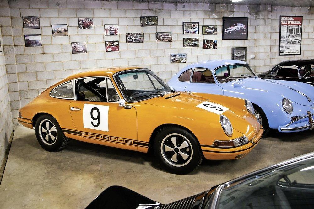 1968 Porsche 911 TR.jpg