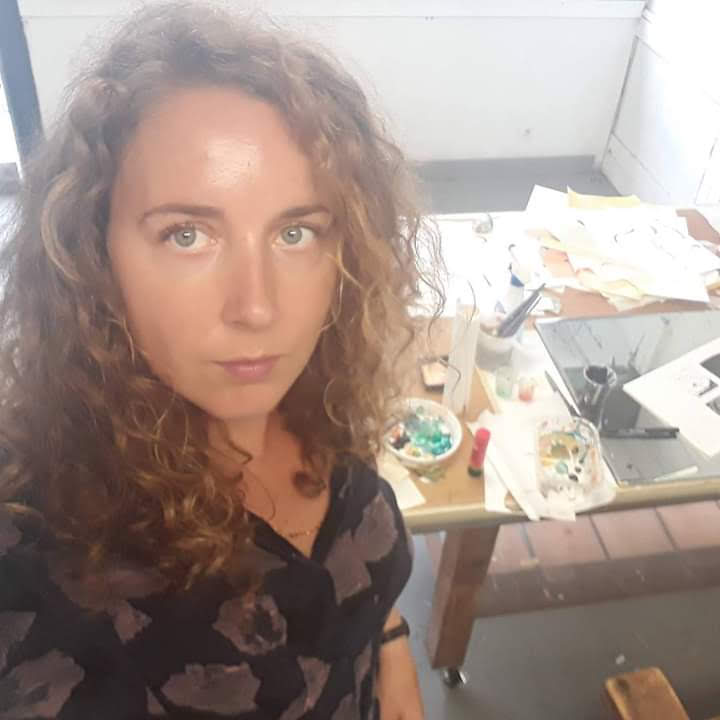 Hallo !  - My name is Marie Van Praag and I'm an artist that lives and works in Belgium. I went to the Academy of Ghent (KASK) and have a degree in 'Fine Arts - Printmaking' and 'Graphic design - Illustration'. I like to work on very different projects. Some projects I initiated myself, others are commissioned. I love to travel and sometimes I try to combine my work and my passion for traveling by doing Artist Residencies. I work as a teacher at Academie Noord, H. Pius X - Instituut and freelance for Wisper vzw and De Veerman. I hope you like my work! Feel free to contact me at: marievanpraag@hotmail.com Greetings! Marie