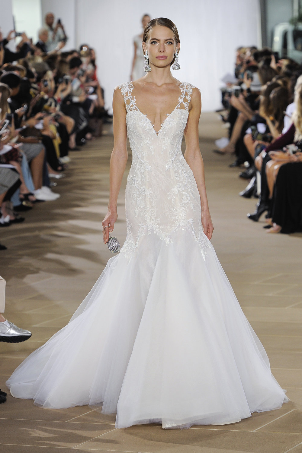 Bridal Fall 2019 Couture   LYRA    INQUIRE
