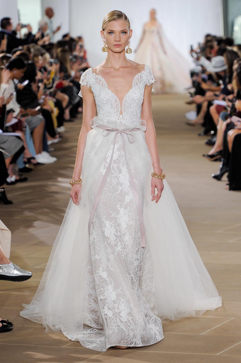 Bridal Fall 2019 Couture   FAE    INQUIRE